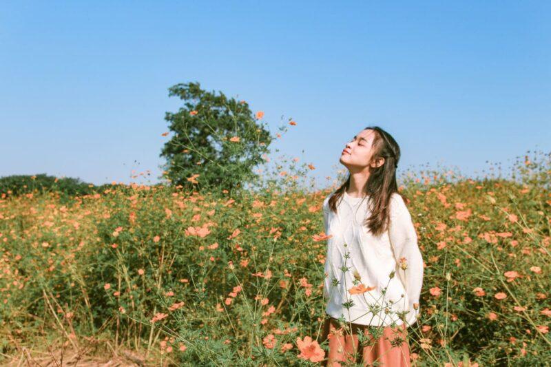 イライラから解放される少女